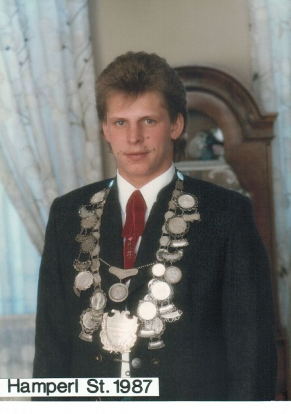 1987-Hamperl_S